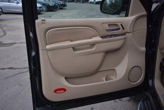 2010 Cadillac Escalade Naugatuck, Connecticut 9
