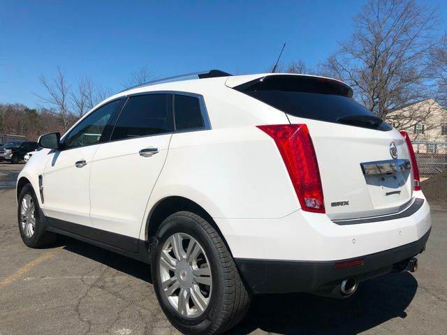 2010 Cadillac SRX Luxury Collection Sterling, Virginia 3