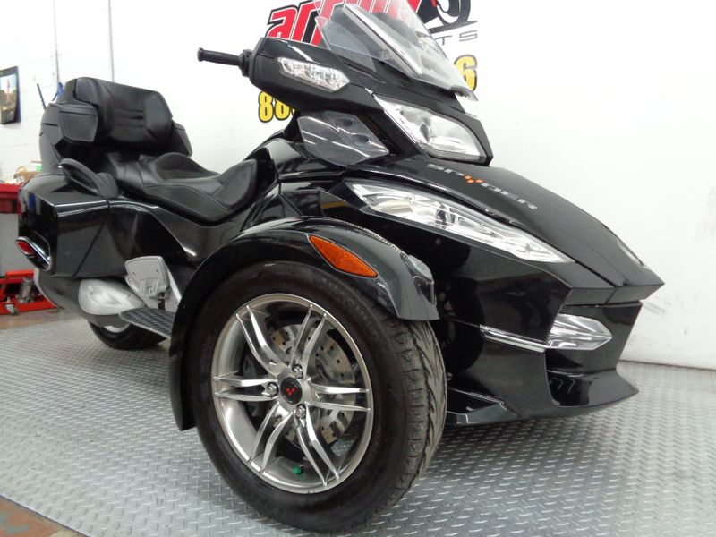2010 Can-Am Spyder RT-S SE5  Oklahoma  Action PowerSports  in Tulsa, Oklahoma