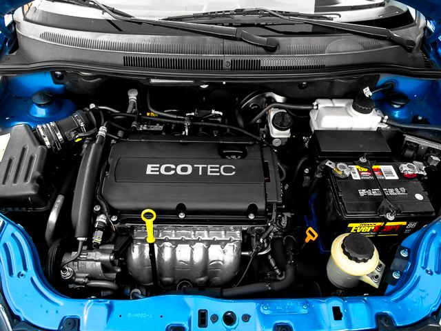 2010 Chevrolet Aveo LT w/1LT Burbank, CA 16