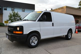 2010 Chevrolet Express Cargo Van in Lynbrook, New