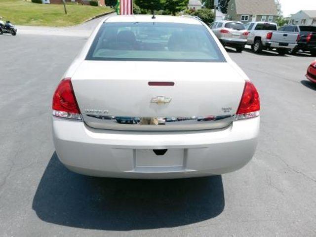 2010 Chevrolet Impala LS Ephrata, PA 4