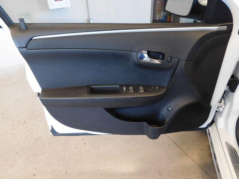 2010 Chevrolet Malibu LT w1LT  city TN  Doug Justus Auto Center Inc  in Airport Motor Mile ( Metro Knoxville ), TN