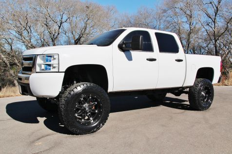 2010 Chevrolet Silverado 1500 LT - LIFTED - 4x4 in Liberty Hill , TX