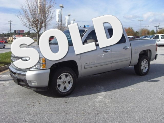 2010 Chevrolet Silverado 1500 LT SUPER SHARP VEHICLE CLEAN INSIDE AND OUT WORTH THE DRIVE LOW M