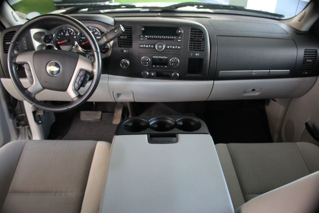 2010 Chevrolet Silverado 1500 LT Mooresville , NC 11