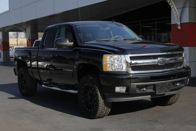 2010 Chevrolet Silverado 1500 LTZ EXT CAB 4X4 - LIFTED - $4K IN EXTRA$! Mooresville , NC 20