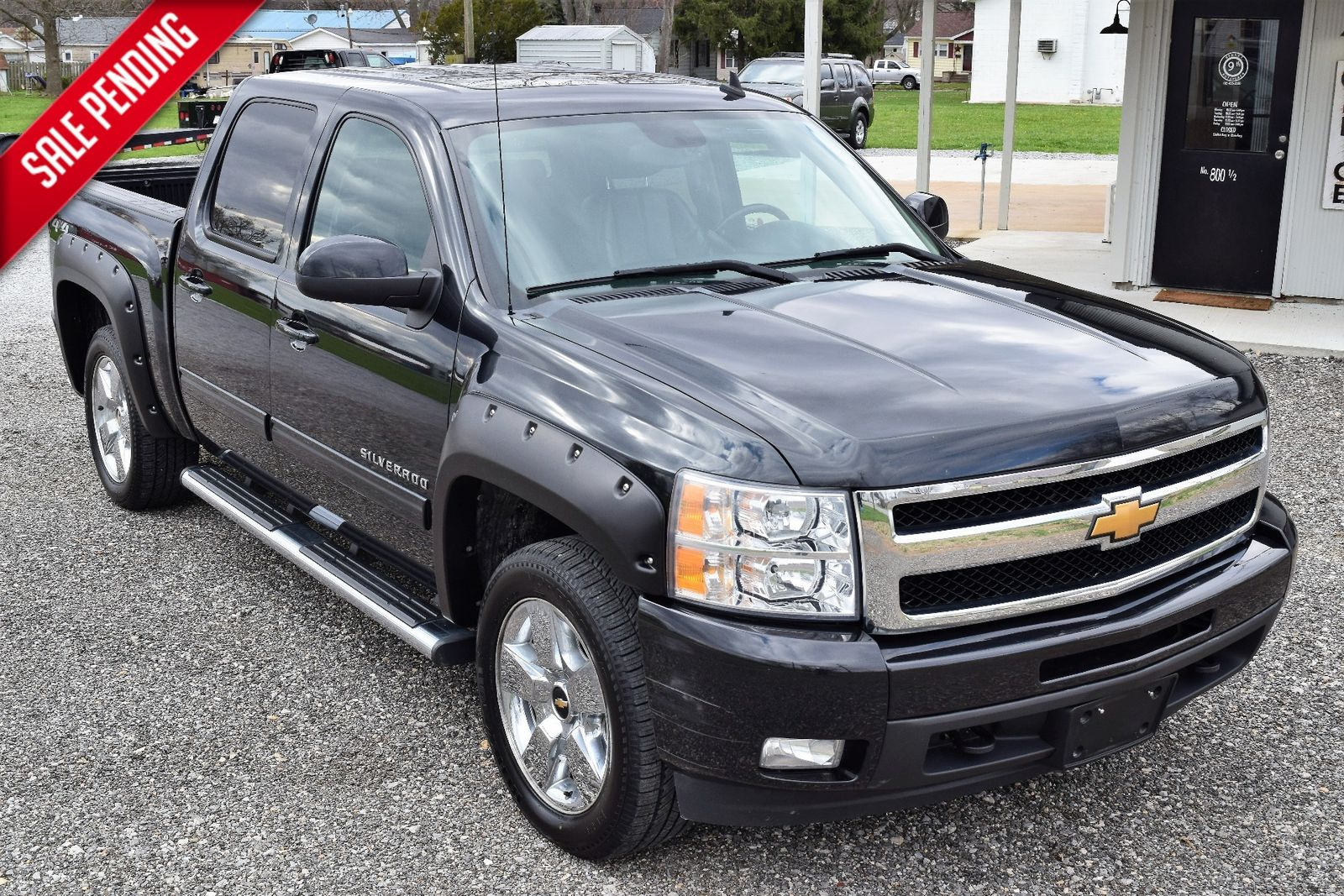 l view review prices car ratings connection overview photos front the chevy and silverado lt specs chevrolet cab ext exterior angular