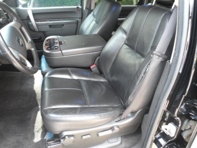 2010 Chevrolet Silverado 1500 LT Crew Cab Sunroof 1 Owner Plano, Texas 12