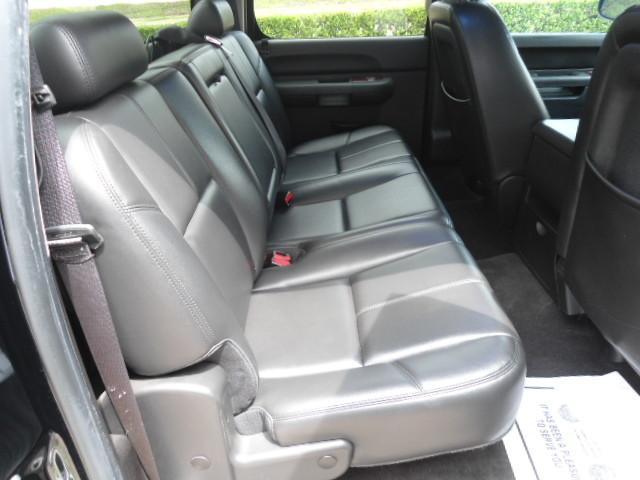 2010 Chevrolet Silverado 1500 LT Crew Cab Sunroof 1 Owner Plano, Texas 18