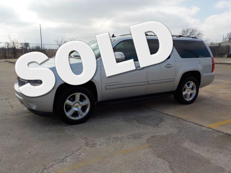 2010 Chevrolet Suburban LT | Greenville, TX | Barrow Motors in Greenville TX