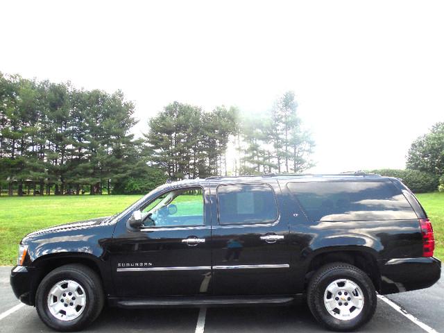 2010 Chevrolet Suburban LT Leesburg, Virginia 4