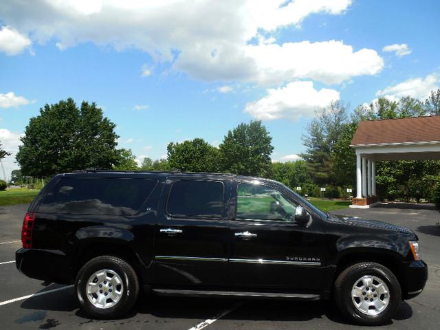 2010 Chevrolet Suburban LT Leesburg, Virginia 5