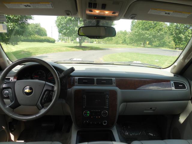 2010 Chevrolet Suburban LT Leesburg, Virginia 17
