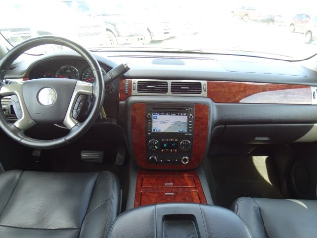 2010 Chevrolet Suburban LTZ San Antonio , Texas 18