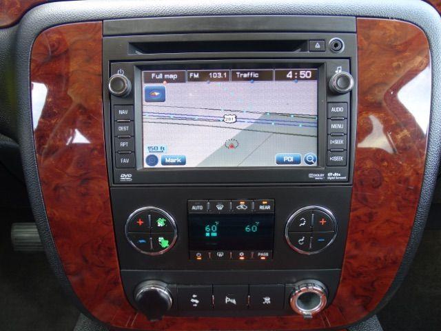 2010 Chevrolet Suburban LTZ San Antonio , Texas 19