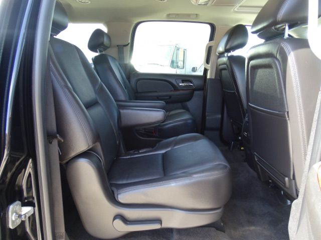 2010 Chevrolet Suburban LTZ San Antonio , Texas 24