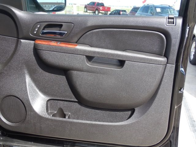 2010 Chevrolet Suburban LTZ San Antonio , Texas 27