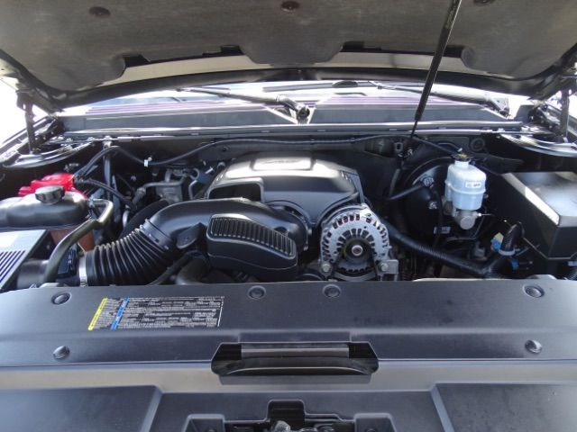 2010 Chevrolet Suburban LTZ San Antonio , Texas 29