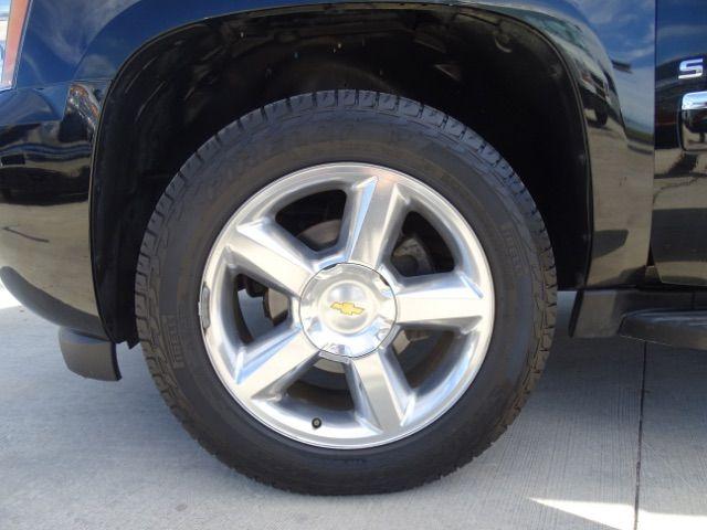 2010 Chevrolet Suburban LTZ San Antonio , Texas 30
