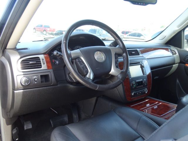 2010 Chevrolet Suburban LTZ San Antonio , Texas 9