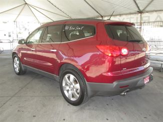 2010 Chevrolet Traverse LT w/2LT Gardena, California 1