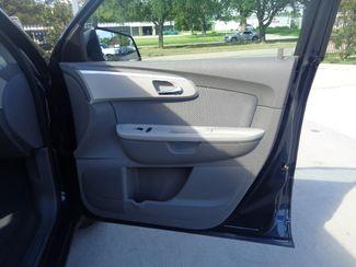 2010 Chevrolet Traverse LS  city TX  Texas Star Motors  in Houston, TX