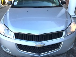 2010 Chevrolet-3 Owner!! Carfax Clean! Traverse-CARMARTSOUTH.COM LS-17 YEARS IN BUSINESS!! Knoxville, Tennessee 1