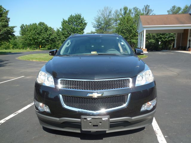 2010 Chevrolet Traverse LT w/2LT Leesburg, Virginia 4