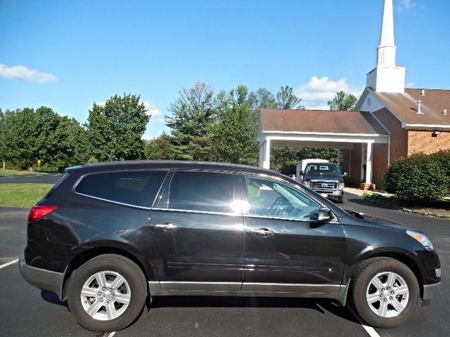 2010 Chevrolet Traverse LT w/2LT Leesburg, Virginia 4