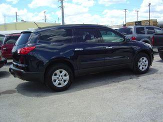 2010 Chevrolet Traverse LS San Antonio, Texas 2
