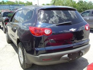 2010 Chevrolet Traverse LS San Antonio, Texas 4