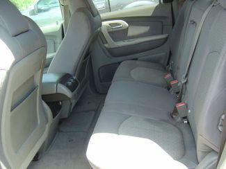 2010 Chevrolet Traverse LS San Antonio, Texas 6