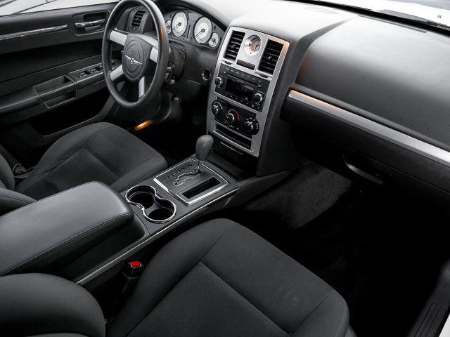 2010 Chrysler 300 Touring Burbank, CA 12