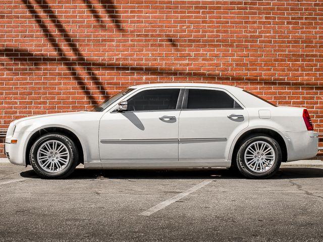 2010 Chrysler 300 Touring Burbank, CA 7