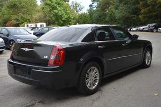 2010 Chrysler 300 Touring Naugatuck, Connecticut 4