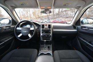 2010 Chrysler 300 Touring Naugatuck, Connecticut 15