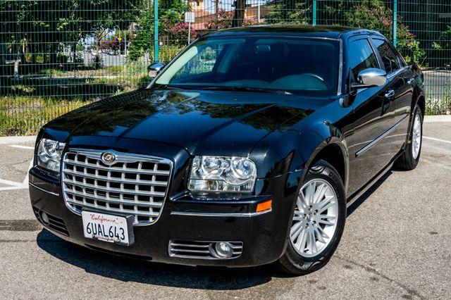 2010 Chrysler 300 Touring - AUTO - 85K MILES - LEATHER Reseda, CA 38