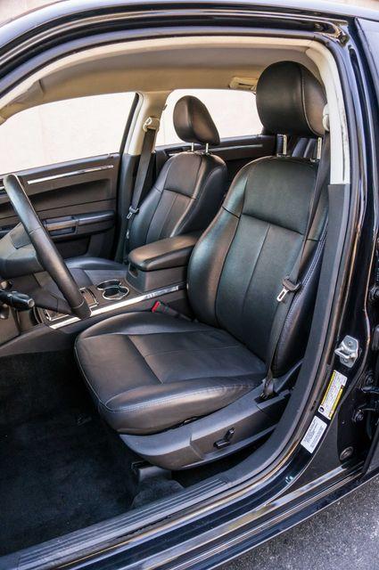 2010 Chrysler 300 Touring - AUTO - 85K MILES - LEATHER Reseda, CA 26