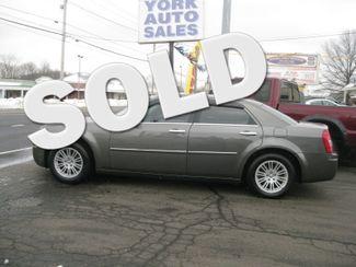 2010 Chrysler 300 in , CT