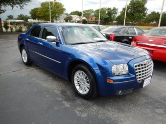 2010 Chrysler 300 in Wichita, Falls,