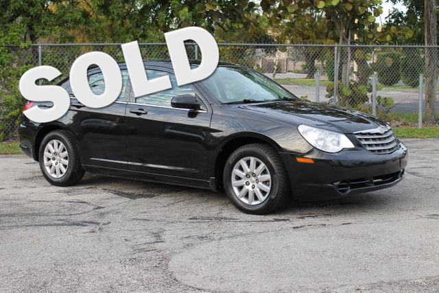 2010 Chrysler Sebring Touring  WARRANTY CARFAX CERTIFIED 16 SERVICE RECORDS FLORIDA VEHICLE
