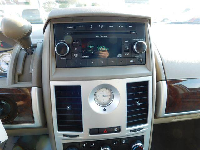 2010 Chrysler Town & Country Touring Ephrata, PA 14