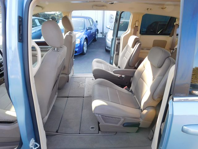 2010 Chrysler Town & Country Touring Ephrata, PA 18