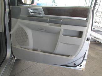 2010 Chrysler Town & Country Touring Gardena, California 12