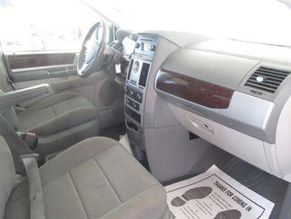 2010 Chrysler Town & Country Touring Gardena, California 7