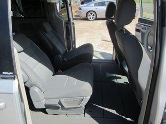 2010 Chrysler Town & Country Touring Houston, Mississippi 8