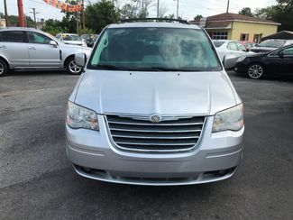 2010 Chrysler Town & Country Touring Knoxville , Tennessee 2