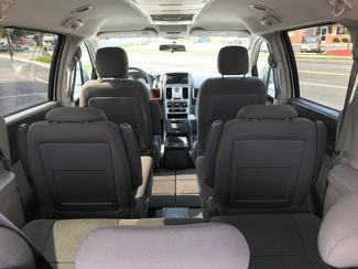 2010 Chrysler Town & Country Touring Knoxville , Tennessee 25