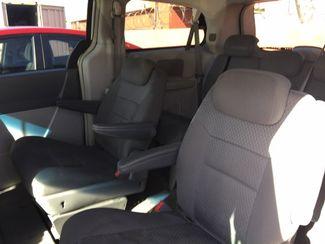 2010 Chrysler Town & Country Touring AUTOWORLD (702) 452-8488 Las Vegas, Nevada 3